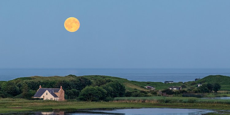 Full Moon Party - Moonrise, Low Newton by the Sea, Northumberland