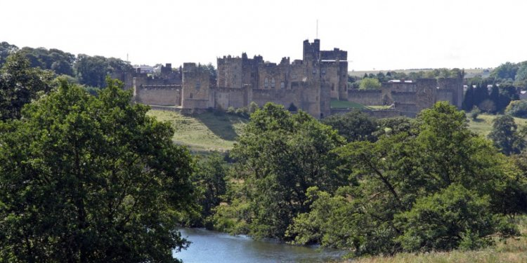 Alnwick Castle, By Tony