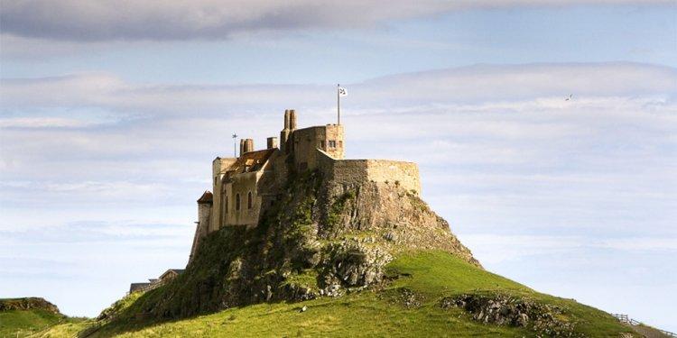 Holy-island-castle