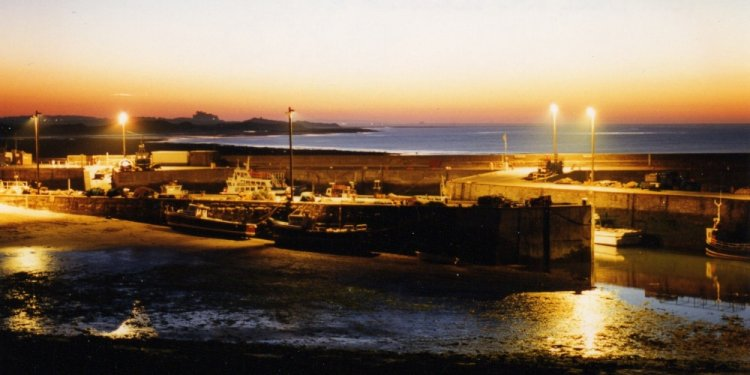 Seahouses Harbour at night