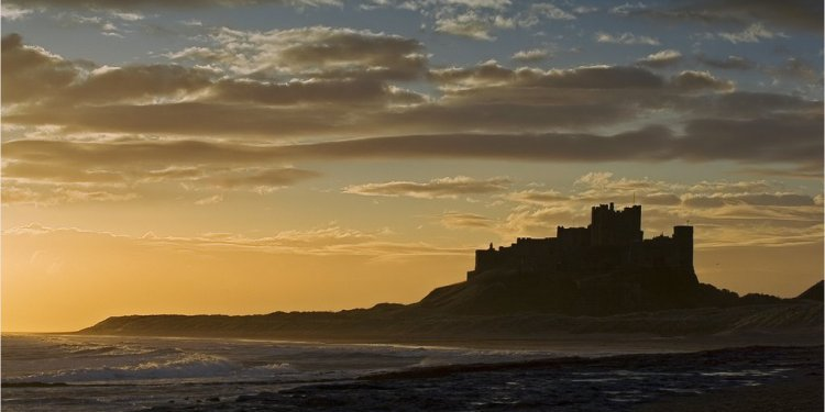Bamburgh Castle Facts for kids